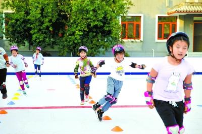 北京中小学弹性离校制度实施一月 学校活动各有特色