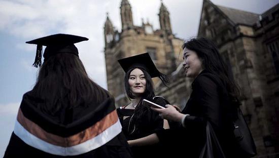 留学生成澳洲大学摇钱树  大学的质量令人质疑