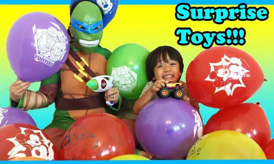 7岁美国男生测评玩具成人气博主 一年收入高达1.5亿元