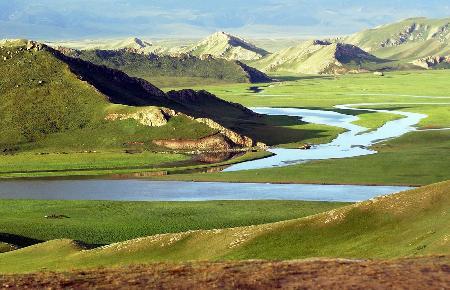 新疆导游资格面试景点导游词之巴音布鲁克景区