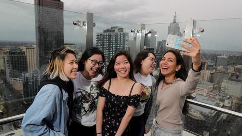 澳大利亚留学生数超过本土学生 被指抢名额高校替其喊冤