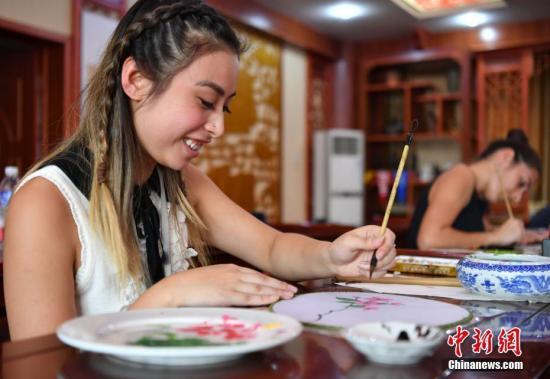 澳高考生申请专业出炉: 热衷艺术及护理学