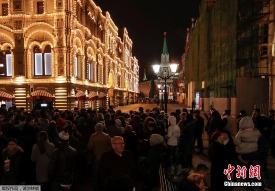 莫斯科多所商场学校收到匿名炸弹威胁 警方排查均系虚假消息