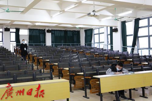 暖心!广东本科插班考试一名出水痘考生单独在温馨考场开考