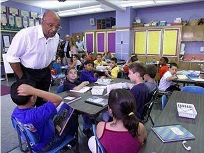 """美国纽约市学校将实施""""周一无肉日"""" 改善健康并减排"""