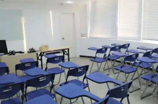 南宁英语留学预备课室图片