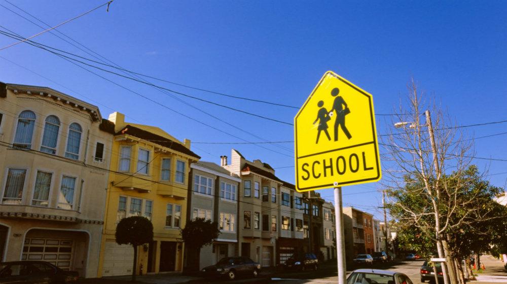 美国留学该怎么选学校?需要考虑哪些因素?
